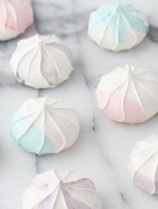 watercolor-meringue-cookies-diy