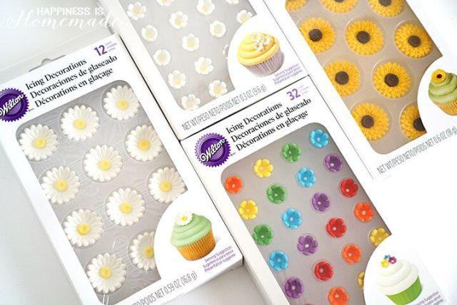 Wilton-Icing-Flowers.jpg