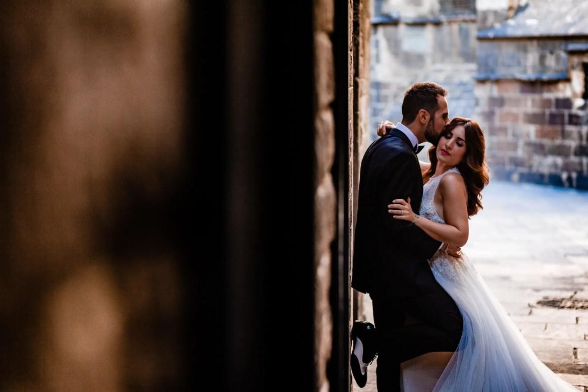 LuzdeBarcelona-boda-fotografo-postboda-gotico-Barcelona-22
