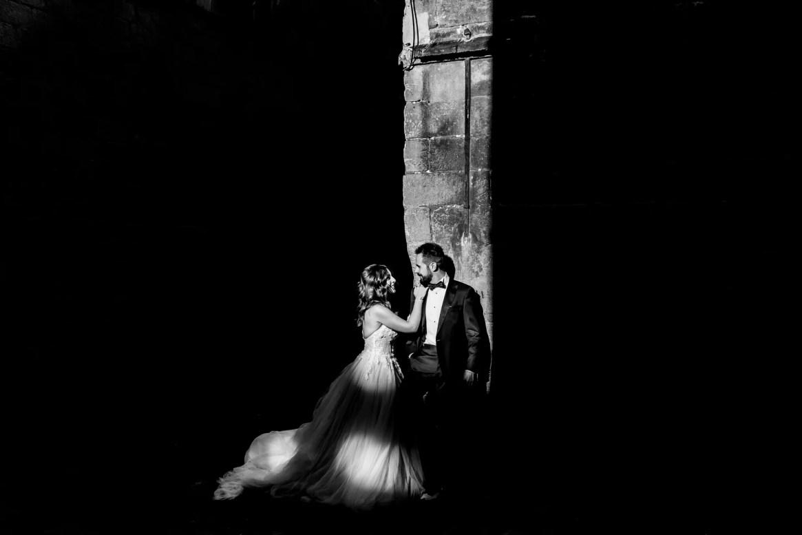 LuzdeBarcelona-boda-fotografo-postboda-gotico-Barcelona-26