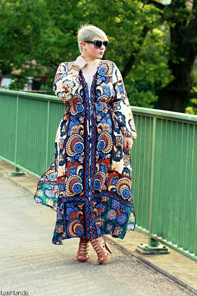 Lu Kaftan plus size print maxi dress
