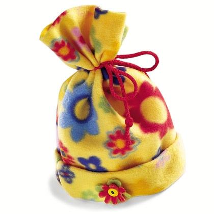 fleece-hat-christmas-craft-photo-420-FF1200KDGFTA11