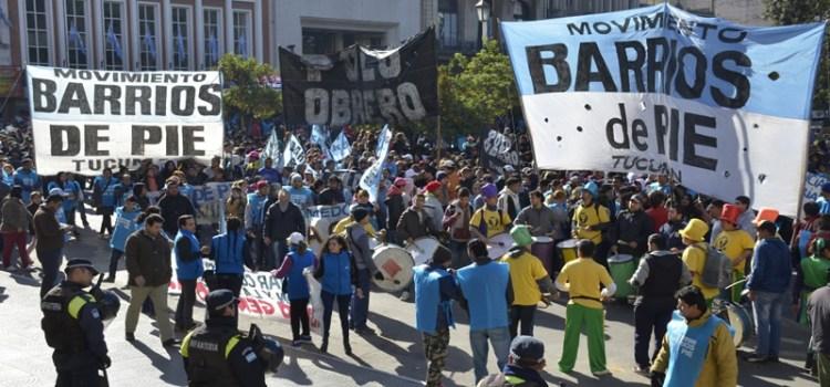 Masiva movilización de Barrios de Pie