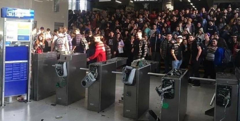 El Gobierno de Chile invocó la ley de seguridad del Estado tras las protestas en Santiago