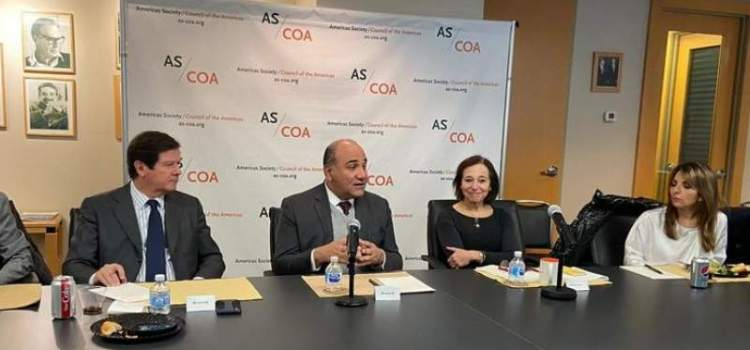 Manzur se reunió en Washington con representantes de empresas en el Consejo de las Américas