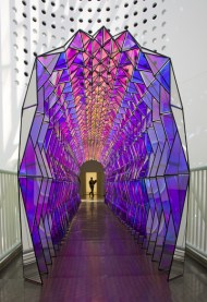 136_onewaycolourtunnel_3