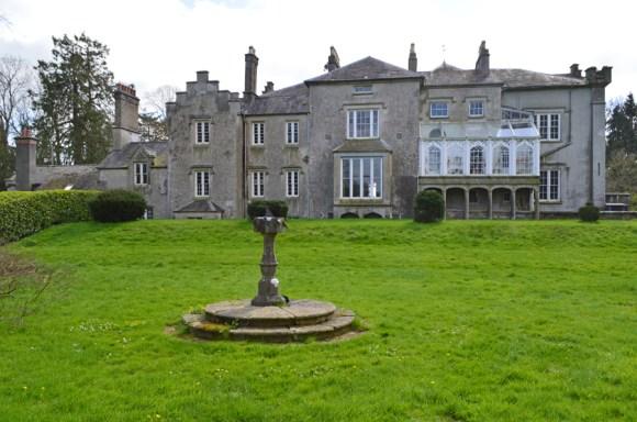 Shankill Castle Garden Front © lvbmag.com Stuart Blakley