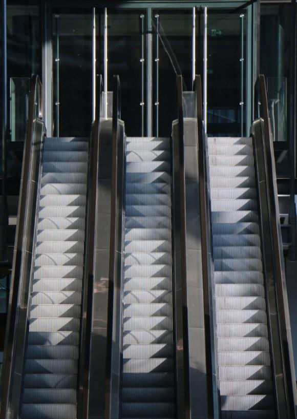Cheesegrater Leadenhall Building Entrance © Lavender's Blue Stuart Blakley