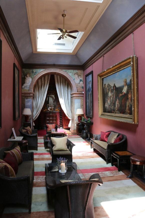Castle Leslie Long Gallery © Lavender's Blue Stuart Blakley_edited-1