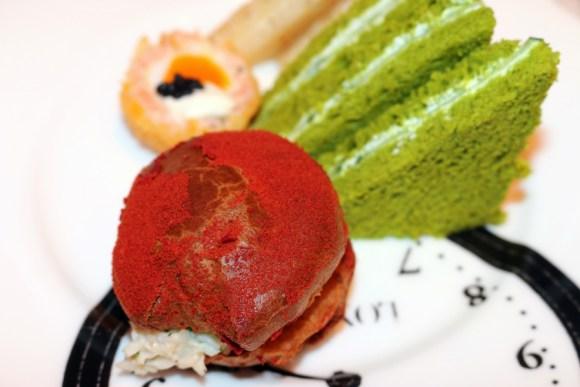 sanderson-hotel-london-lime-sandwiches-lavenders-blue-stuart-blakley