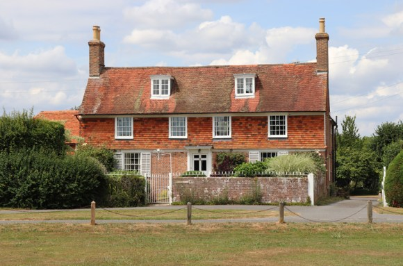 Matfield House Kent View © Lavender's Blue Stuart Blakley
