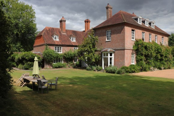 Sprivers House Kent Side View © Lavender's Blue Stuart Blakley
