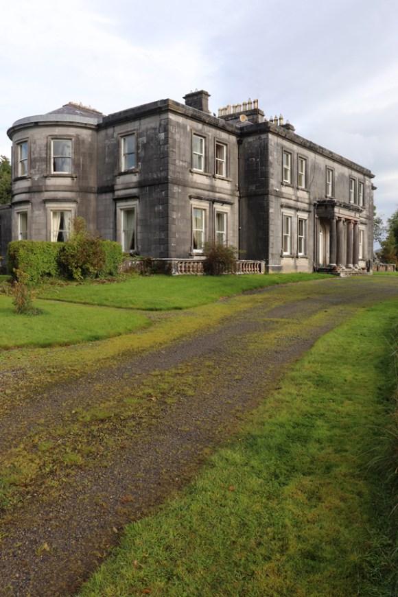 Annaghmore House Sligo Bay © Lavender's Blue Stuart Blakley