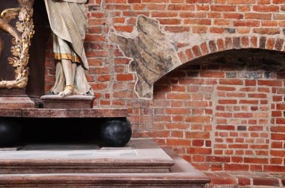 St John's Centre Gdansk Brickwork © Lavender's Blue Stuart Blakley