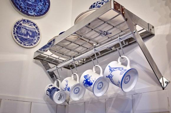 lavender's blue kitchen china © lavender's blue stuart blakley