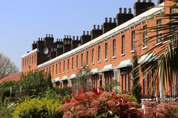 Clifton Crescent Peckham © Lavender's Blue Stuart Blakley
