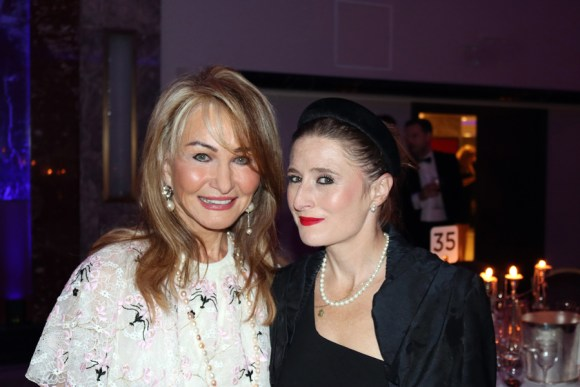 Maureen Sutherland Smith and Lady Lucy French Sir Simon Milton Foundation Ball © Lavender's Blue Stuart Blakley