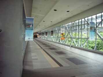 KLIA_skybridge_to_Pan_Pacific