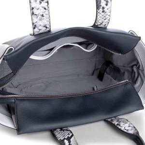 Dámska kabelka Calvin Klein Tr4cy Large Tote modrá detail