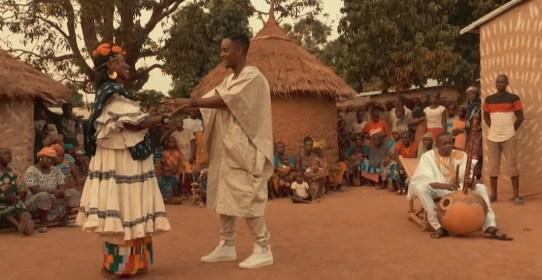 black m feat sidiki diabate mama 300x155 Rap français: Black M  remarie les  origines dans « Mama » son nouveau Clip