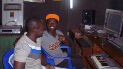 10940566 358197261019152 455303556089720804 n 300x169 Sud-Kivu: Baby's pro, un jeune  producteur à la tendance panafricaniste
