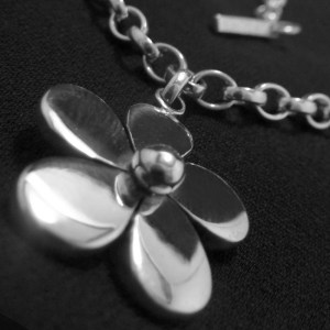 Daisy Chain Necklace II