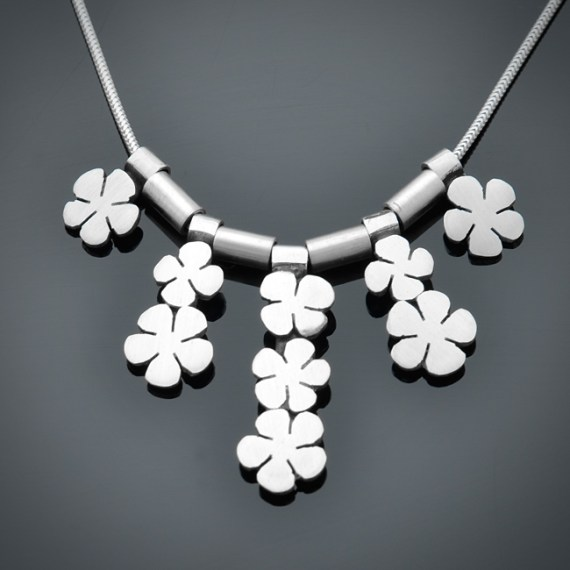Daisy Necklace II