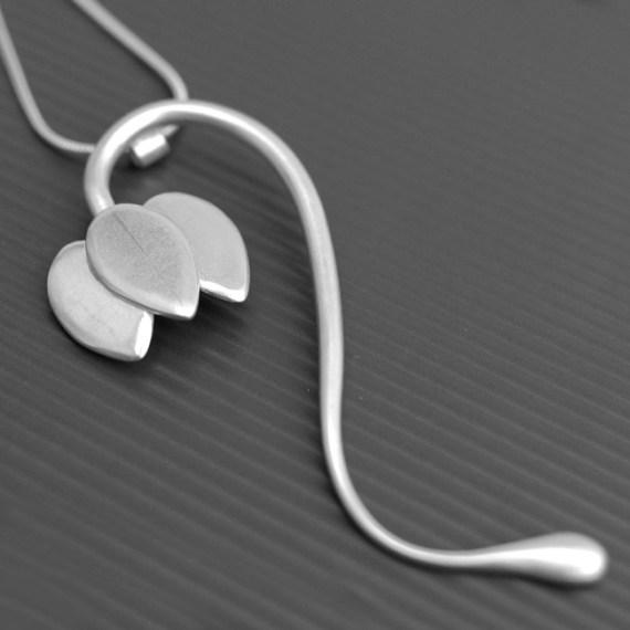 Fritillaria necklace
