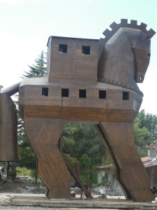 trojan-horse-277525_1280