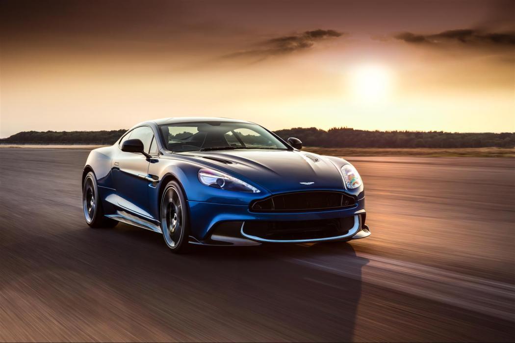Aston Martin Vanquish S LXRY Magazine
