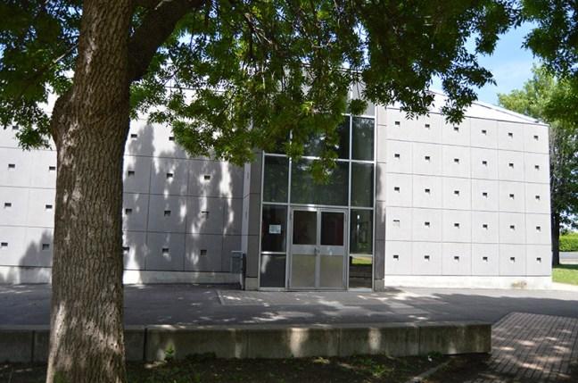 Entrée de l'internat du Lycée La Fayette, à Clermont-Ferrand