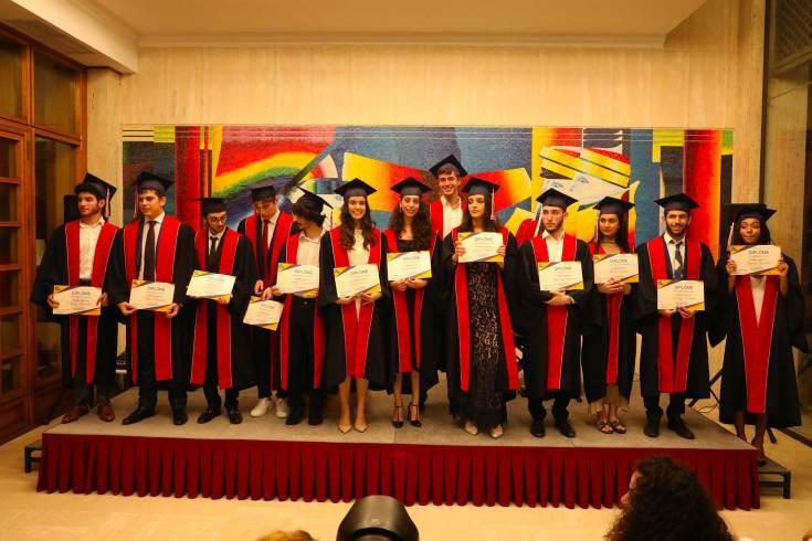 Graduation 32