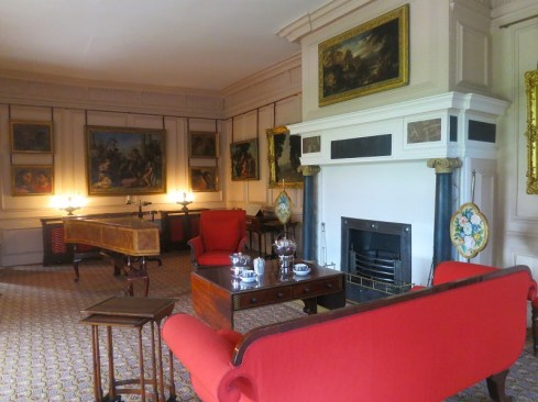 kew-garden-palace-red-room