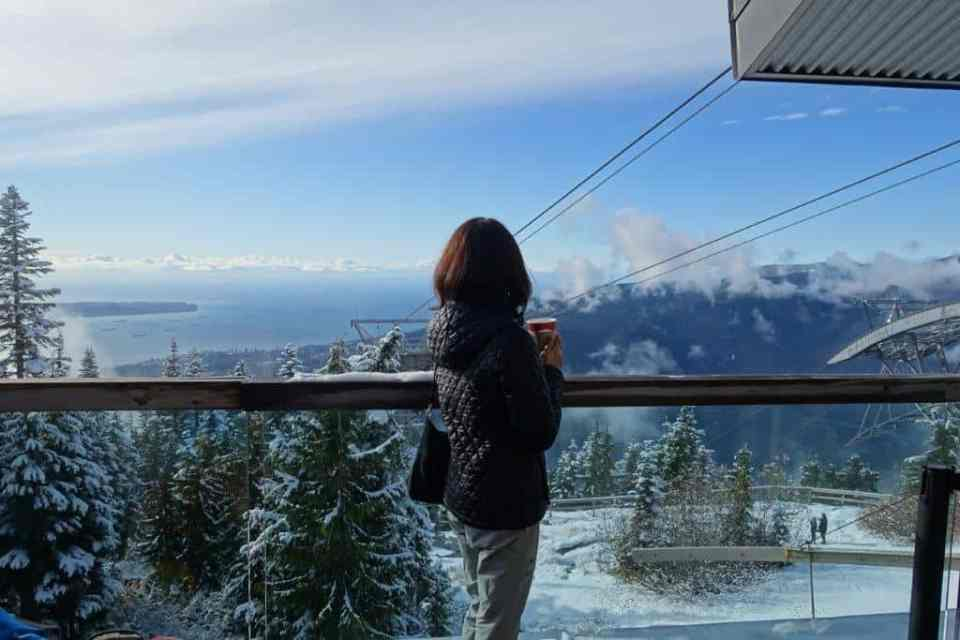 Reward yourself with a nice hot drink and crazy awesome view when you reached the top