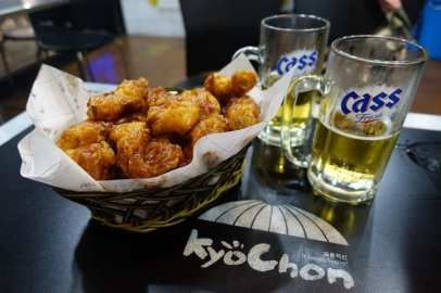 Korean-Fried-Chicken-and-Beer