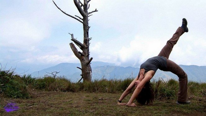 Balance between pressing on and relaxing along our 4 days grueling trek