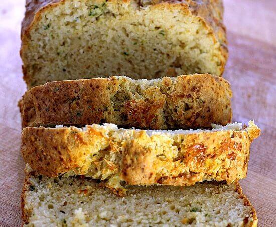 Red Lobster Copycat Biscuit Bread