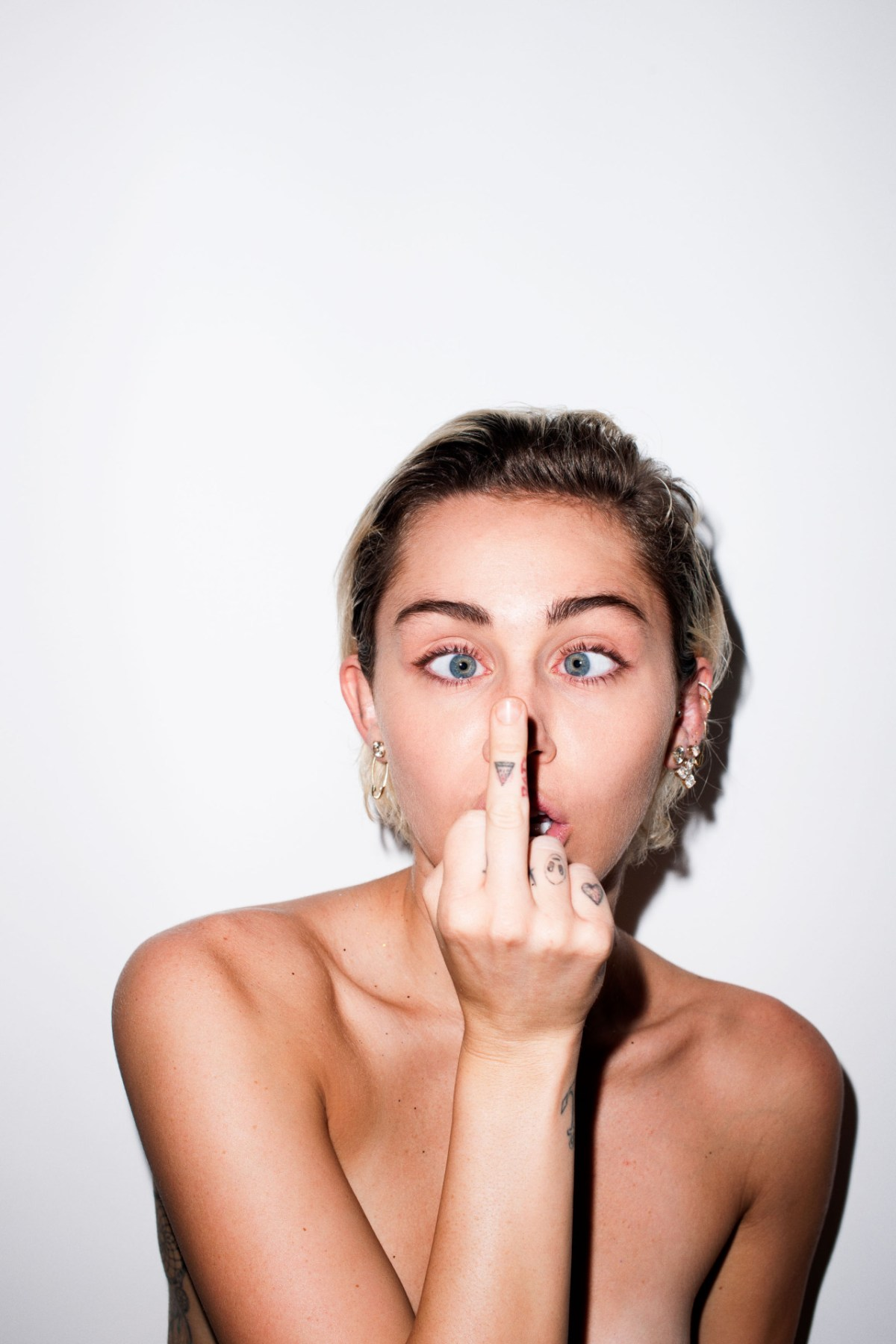 Miley Cyrus Poses Nude for Terry Richardson