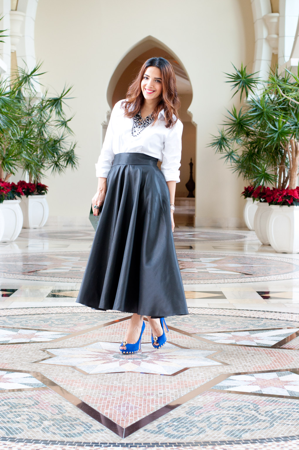 Lyla_Loves_Fashion_frost_midi_skirt_lafshar_mcqueen_SC_4999