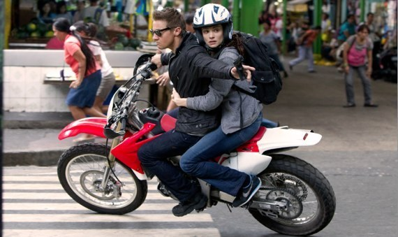 the bourne legacy review - jeremy renner, rachel weisz