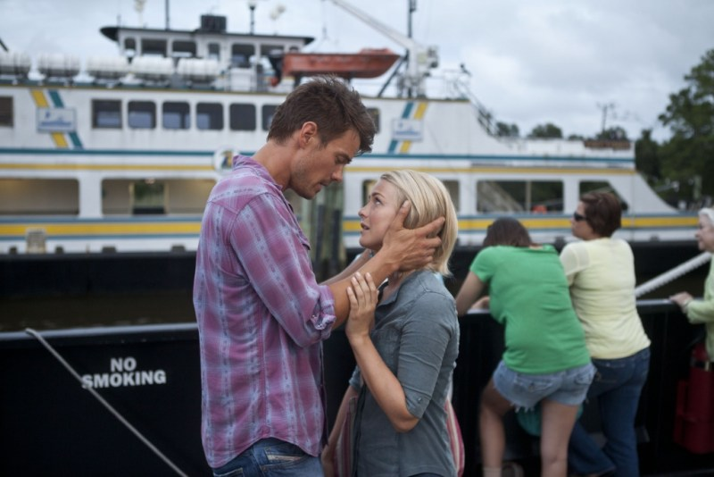 "James Bridges/Relativity MediaJosh Duhamel and Julianne Hough star in Relativity Media's ""Safe Haven."""