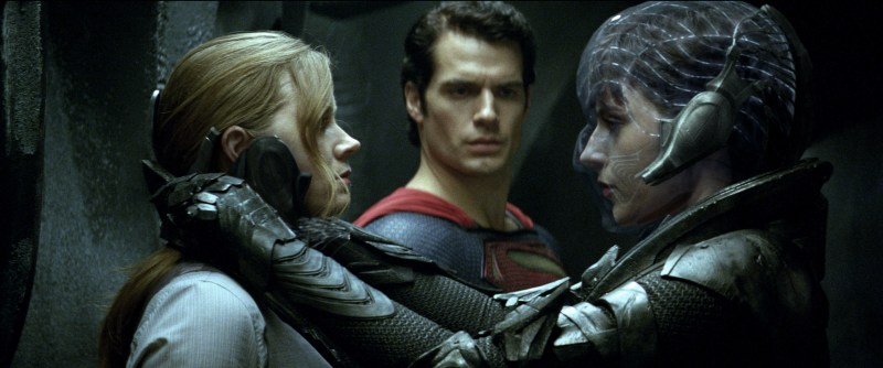 Warner Bros. Pictures Lois Lane (Amy Adams), Superman (Henry Cavill) and Faora-Ul (Antje Traue).
