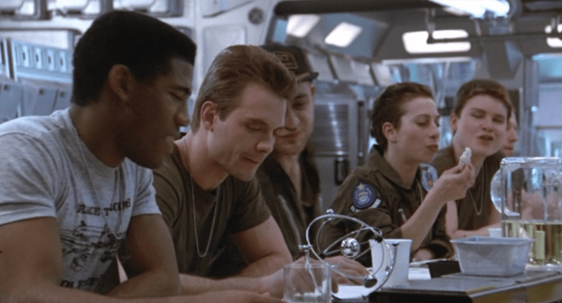 Aliens 1986 Frost, Hicks and crew
