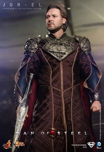 Hot Toys Man of Steel Jor-El posing
