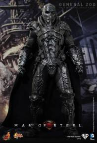 Hot Toys Man of Steel General Zod masked standing
