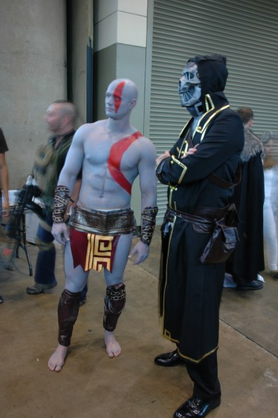 Baltimore Comic Con 2013 - Kratos and pal