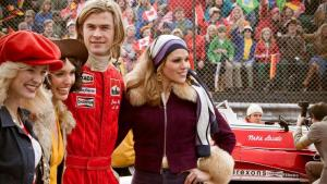 rush-chris-hemsworth-as-james-hunt-with ladies