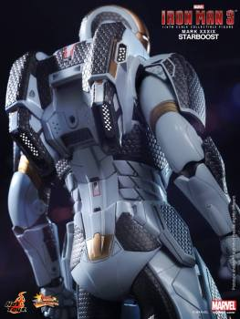 Hot Toys Iron Man 3 Starboost figure - back view