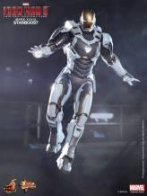 Hot Toys Iron Man 3 Starboost figure - Iron Man arc hand
