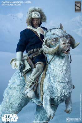 Sideshow Toys Captain Han Solo Hoth with gun on Tauntaun